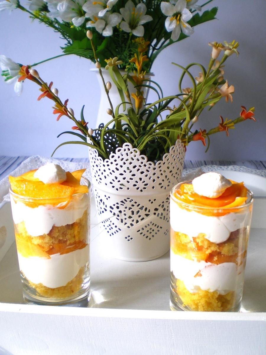Juego de Blogueros 2.0: Trifle de Melocotón y Nata