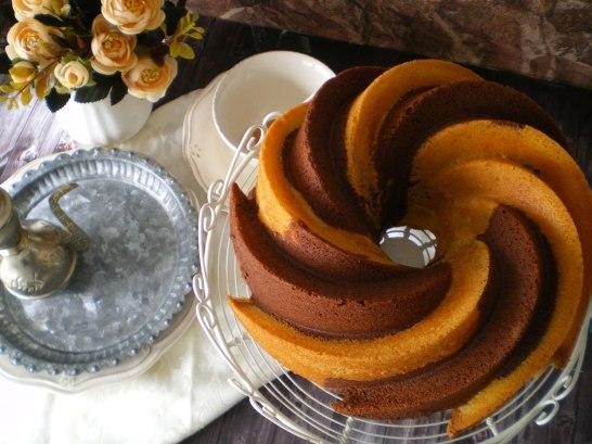 Bundt Cake Bicolor